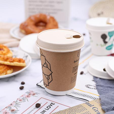 Disposable hollow wall paper coffee cups